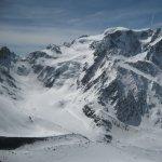 <p>Vista mozzafianto sulla nord del Mont Velan da Cabane de Valsorey a 3000m</p>